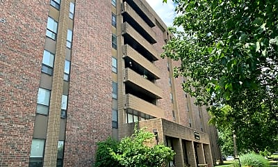 Overland Towers Apartments, 2