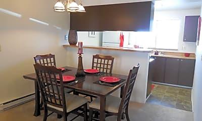 Dining Room, Crystal Springs 702 W. Casino Road, 1