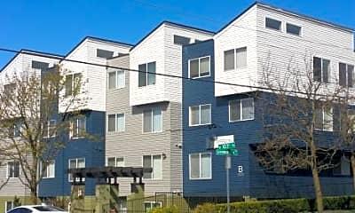 Building, 10301 Greenwood Ave N, 1