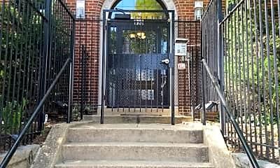 Building, 330 Rhode Island Ave NE, 1