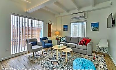 Living Room, 1076 S Seaward Ave, 0