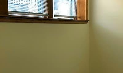 Bedroom, 1117 W Franklin Ave, 2