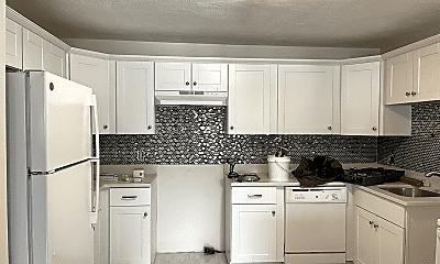 Kitchen, 6 McLean Pl, 1