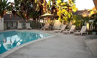 Eastridge Terrace Garden Apartments, 1
