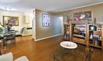 Living Room, 3432 Greystone Dr, 2
