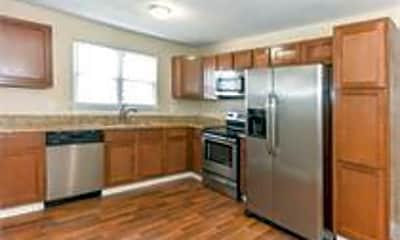 Kitchen, 1708 Club Rd, 2