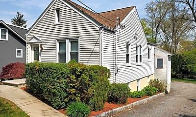 Building, 425 Van Dyke St, 1
