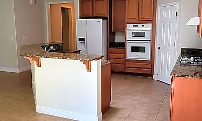 Kitchen, 2492 plumcreek, 1