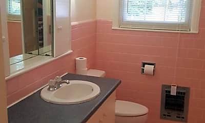 Bathroom, 101 E 64th St, 2