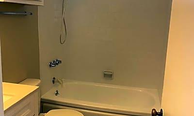Bathroom, 570 N Hollenbeck Ave, 1