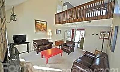 Living Room, 9526 Fairway Ridge Rd, 2