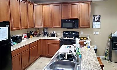 Kitchen, 1549 Sterns Dr, 1