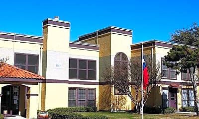 Building, The Vineyard at Arlington, 0