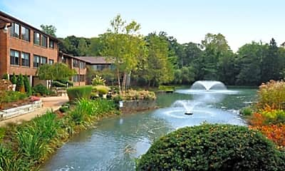 Willow Lake Luxury Apartments, 0