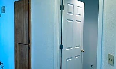 Bathroom, 2701 Lincoln Way, 1
