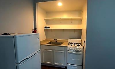 Kitchen, 318 Maple St, 2