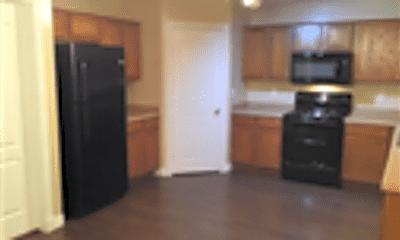 Kitchen, 110 W Diamond Trail, 2