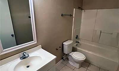 Bathroom, 1500 Lake Shore Dr, 2