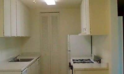 Overlook Apartments, 2