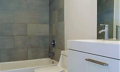 Bathroom, 2117 Clinton St, 2