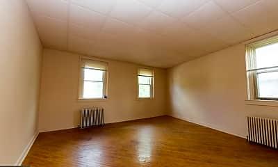 Living Room, 133 N Main St, 1