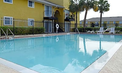 Pool, Grandview Pointe, 1