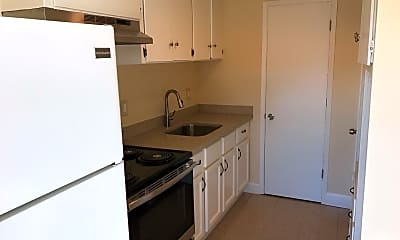 Kitchen, 4611 E Inyo Ave, 1