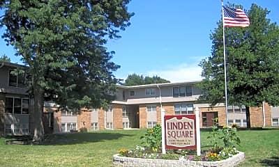 Linden Square, 0