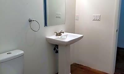 Bathroom, 1350 S 8th Ave 11, 2