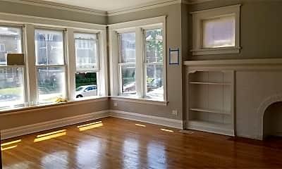 Living Room, 8126 S Green St, 1