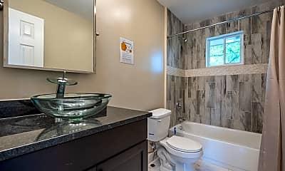 Bathroom, Room for Rent - Forest Park Home, 0