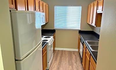 Kitchen, 1546 Timber Creek Dr, 2