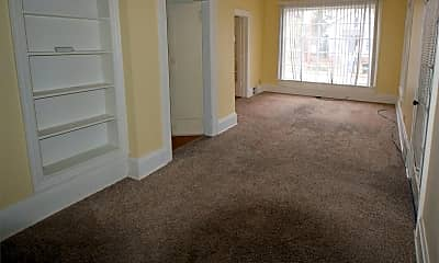 Living Room, 638 Mt Vernon St, 1