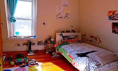 Bedroom, 335 Lake Ave, 2