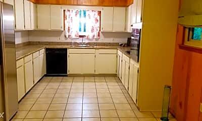 Kitchen, 5574 Houston Dr, 1