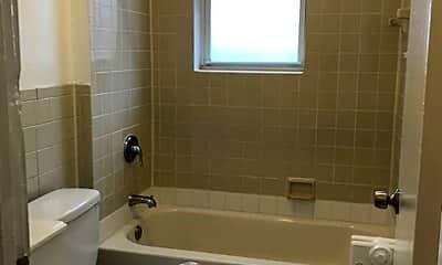 Bathroom, 123 Walnut St, 2