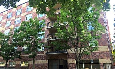 Twelfth Avenue Terrace, 2