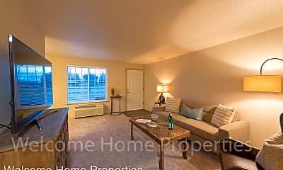 Living Room, 101 Kenwood St, 0