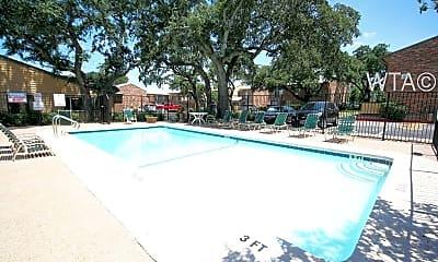 Pool, 1606 Ih 35 S, 1