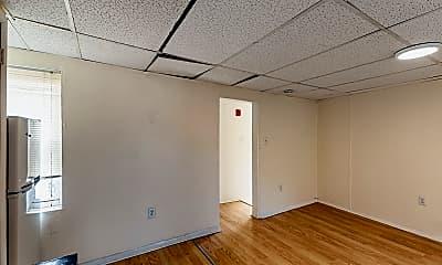 Bedroom, 2150 E Cumberland St, 2