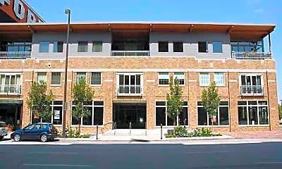 Building, 1008 Dodge St, 2