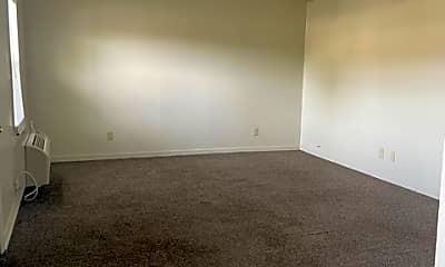 Living Room, 4301 Kinkead Ave, 0