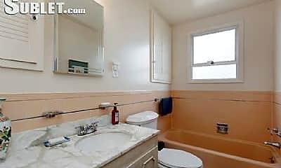 Bathroom, 51 Longview Ct, 2