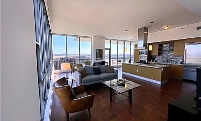 Living Room, 9 MacArthur Pl N705, 0