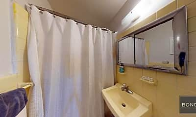 Bathroom, 68 W 82nd St, 2