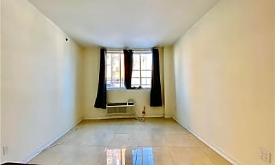 Living Room, 82-76 116th St, 1