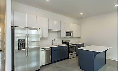 Kitchen, 415 Merritt Ave, 2