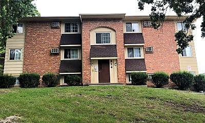 Taylor Street Apartments, 1