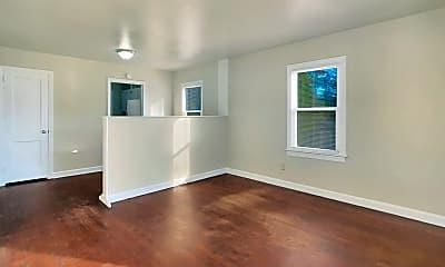 Living Room, 405 Orange St, 1