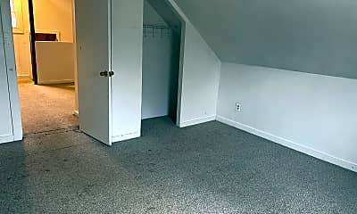 Living Room, 648 Central Ave, 2